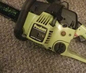 Poulan 2150 Chainsaw for Sale in Wichita,  KS