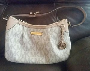 Michael Kors purse Authentic for Sale in Sanger, CA