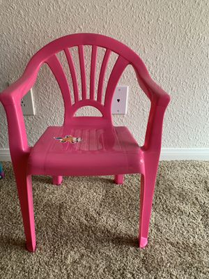 Plastic chair SALE $10 for Sale in San Diego, CA