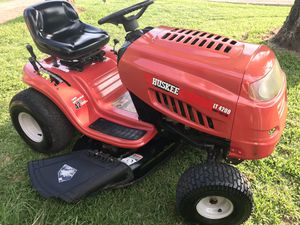 2012 42in cut riding lawn mower for Sale in San Antonio, TX