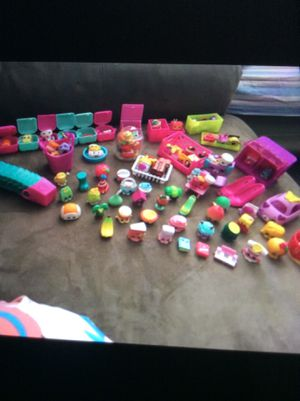 88 shopkins + limited addition + cutie car + big sized shopkins for Sale in Woodbridge, VA