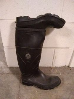 Galoshes, Bata rain boots for Sale in Washington,  DC