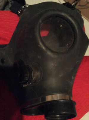 Type gas mask for Sale in Ridgeway, WI