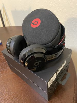 Beats solo 3 $120 obo for Sale in San Bernardino, CA