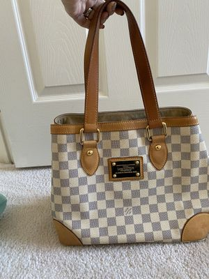 Louis vuitton bag for Sale in Fairfax, VA
