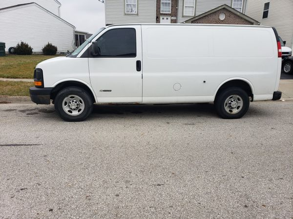 Chevy Express 2500