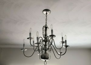 CHANDELIER- EXCELLENT USED CONDITION for Sale in Suffolk, VA