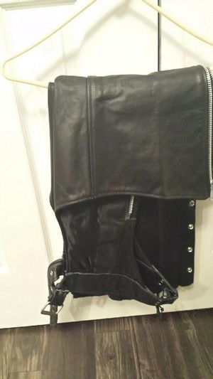 Motorcycle riding gear for woman. Jacket, pants and chaps. Size medium for Sale in Frisco, TX