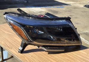2013-2015 Nissan Pathfinder Passenger Side Headlight for Sale in Jurupa Valley, CA