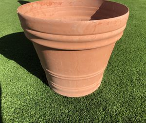 Extra Large Flower, Tree or Plant Pot for Sale in Phoenix, AZ