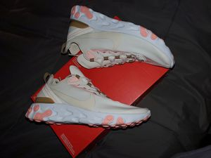 NIKE WOMEN SHOES NEW for Sale in Orange, CA