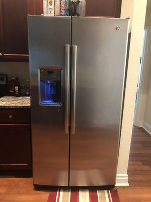 Stainless steel whirlpool for Sale in Wahneta, FL