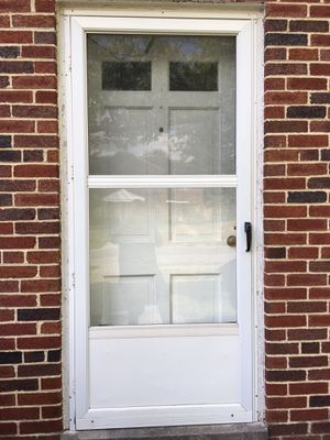 36 inch white metal storm door rh for Sale in Orient, OH
