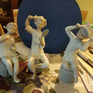 Lladro Figurines Set for Sale in York, PA