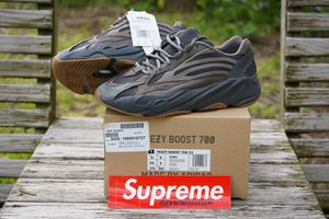 "Adidas Yeezy 700v2 ""Geode"" size 9.5 NEW for Sale in Washington, DC"