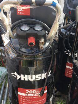 Husky Air Compressor 27gal for Sale in Huntington Beach,  CA
