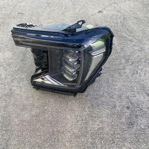 2021 GMC Yukon LH Headlight OEM for Sale in Dallas, TX