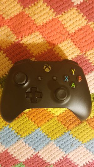 Xbox one Black controller for Sale in Hazard, CA