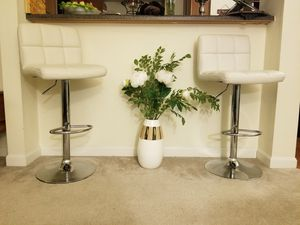 Vanilla bar stools (set of 2) for Sale in Methuen, MA