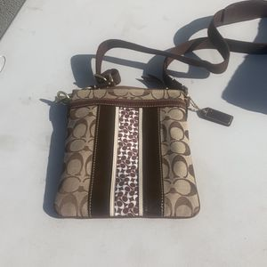 Coach J0749 Messenger Bag Brown Color for Sale in Stanton, CA