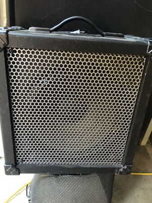 Roland Cube-60 amplifier for Sale in Fresno, CA