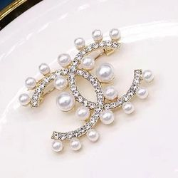 Pearls CC Brooch for Sale in Newark,  CA