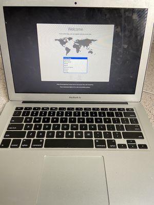 MacBook Air Early 15 - 13' for Sale in Las Vegas, NV
