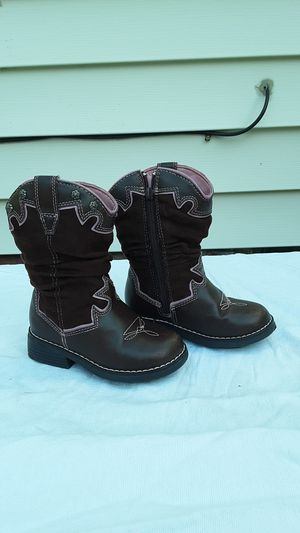 Girls cowboy boots for Sale in Willowick, OH