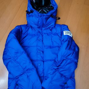 Burberry London England Detachable Sleeve Hooded Puffer Jacket Blue for Sale in Brea, CA