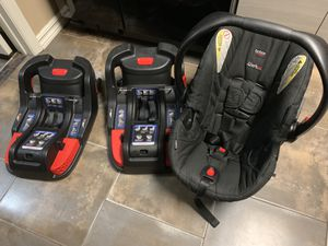 Britax car seat with 2 bases for Sale in Palm Bay, FL