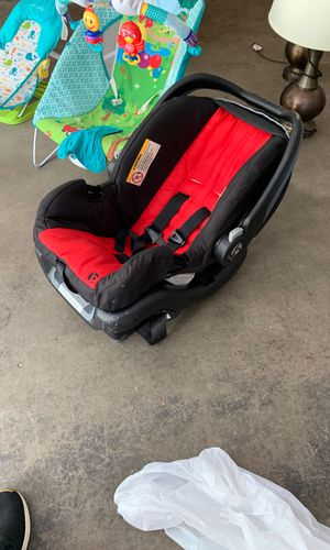 Baby Trend Car Seat for Sale in DuPont, WA