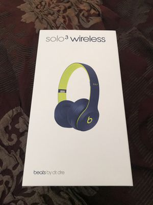 Beats solo 3 wireless for Sale in Lakewood, CO