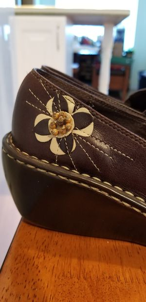 HUSH PUPPIES LEATHER SHOES 6M excellent in condition! for Sale in Parkland, WA