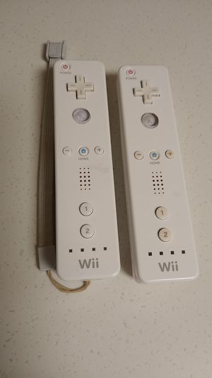 Wii remotes for Sale in SAN YSIDRO, CA