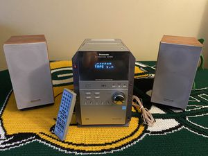 Panasonic CD Stereo System 5 CD Changer, Cassette & AM/FM w/Remote for Sale in West Allis, WI