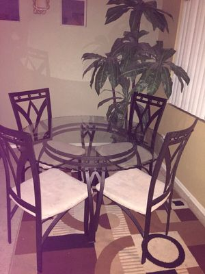 Dinner table for sale for Sale in Tolleson, AZ