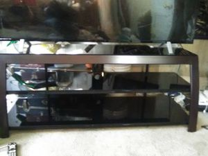 Tempered Glass entertainment stand for Sale in Auburn, IN