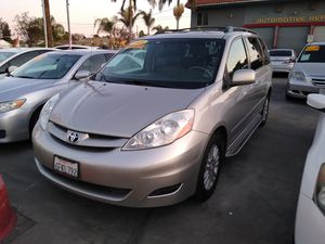 2008 Toyota Sienna EZ CREDIT MUY FÁCIL DE LLEVAR/EZ CREDIT  *323*560*18*44* 4814 GAGE AVE BELL Ca for Sale in South Gate, CA