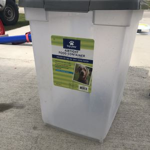 50 Lb Food Container for Sale in Port St. Lucie, FL