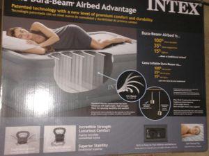 Intex Dura Beam Plus Air Mattress 22in for Sale in Mansfield, TX