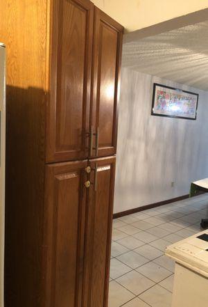 Cabinet Pantry wardrobe for Sale in Miami, FL