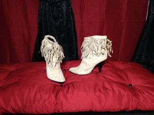 Dollmi booties for Sale in Ada, OK