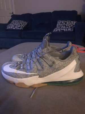 """Lebron 13 low """"summer pack"""" for Sale in Mount Vernon, WA"""