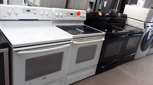 White Electric stove excellent condition for Sale in Laurel, MD