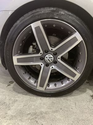 """Set 4 rims 19""""and tires 245/40/19 $450 for Sale in Supply, NC"""