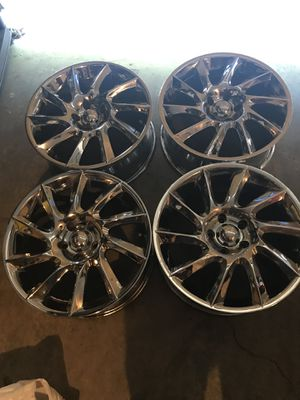 Chrome 18' Rims and hankook tires for Sale in Portland, OR
