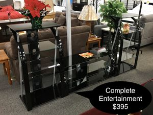 Brand new completed Glass dining table set for Sale in Fresno, CA