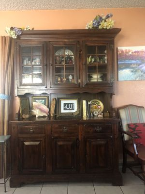 antique china cabinet - free local pickup for Sale in Boca Raton, FL
