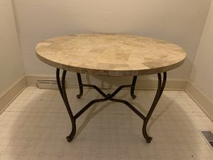Kitchen table for Sale in Archdale, NC