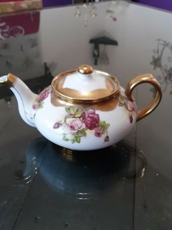 Vintage Norcrest Fine China Teapot From Japan for Sale in Cypress,  TX